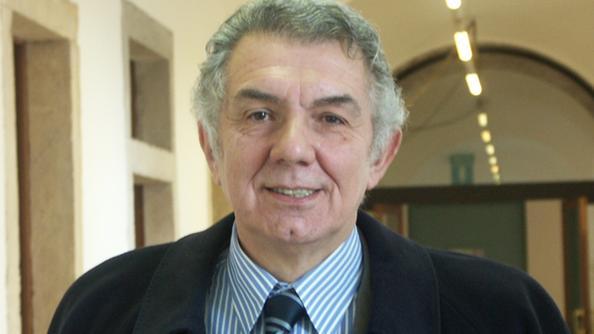 L avvocato ed ex magistrato Guglielmo Ascione 05af823d3c11