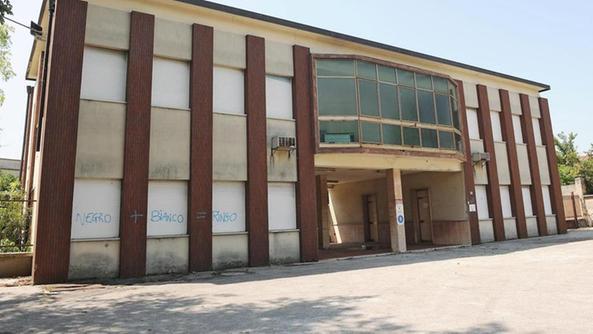 Il centro aiuto vita resta lo sfratto stato rinviato for Dove ha sede il parlamento