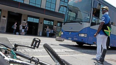 Caos in stazione porta nuova il comune con le mani legate - Distanza tra stazione porta nuova e arena di verona ...