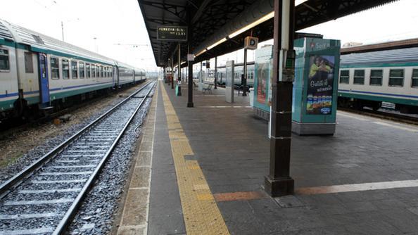Chisso la linea verona rovigo non rischia la - Distanza tra stazione porta nuova e arena di verona ...