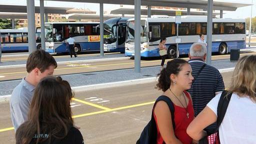 Scuola al via allarme traffico tolleranza zero con i - Distanza tra stazione porta nuova e arena di verona ...