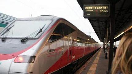 Treni verona roma ko trenitalia un errore home l 39 arena - Distanza tra stazione porta nuova e arena di verona ...