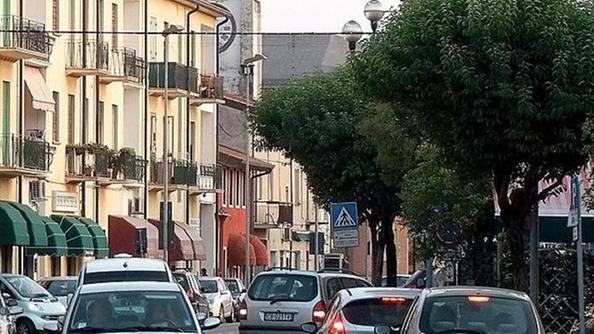 Il comune di san giovanni lupatoto vende le case ma nessuno le compra home l 39 arena - Piscina san giovanni lupatoto ...
