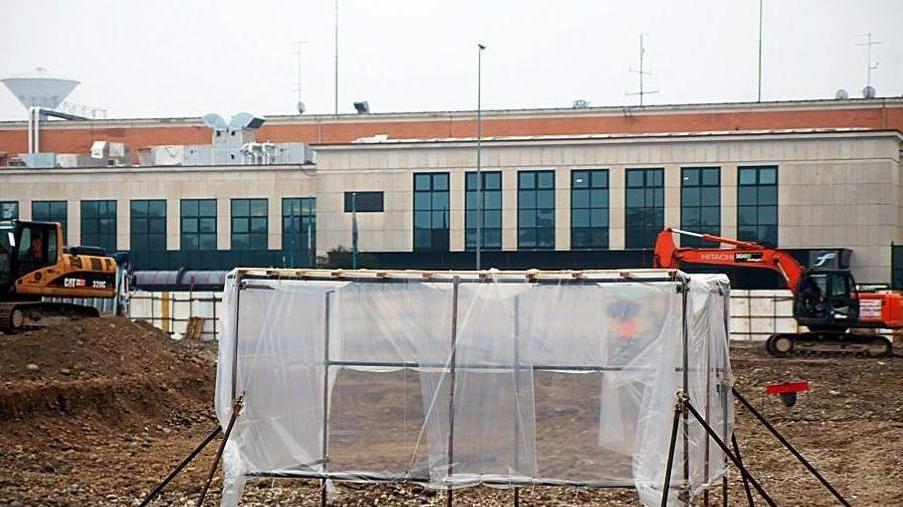 Choc in stazione porta nuova affiorano altri resti umani - Distanza tra stazione porta nuova e arena di verona ...