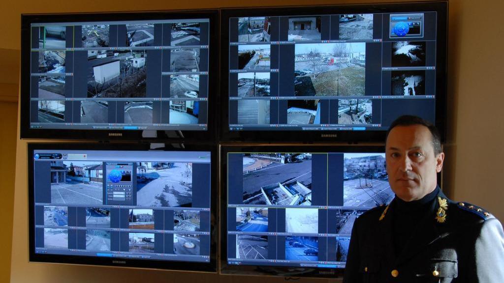 Materassi Castel D Azzano.Ci Sono Venti Vigili In Servizio Ma Non Bastano Per Le Multe
