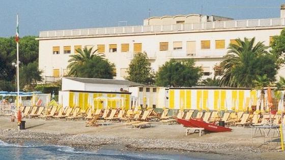 La casa delle vacanze in liguria costa troppo la provincia vende provincia l 39 arena - La casa delle vacanze ...