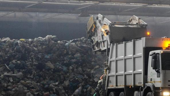 Discarica i rifiuti sono in calo ma cresce la bonifica for Interno della torretta vittoriana