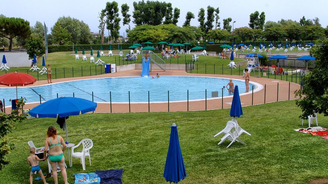La piscina comunale raddoppia all inizio 2017 partono i for Piani di progettazione della piscina