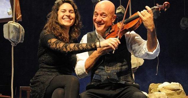 Laura masotto e il suo violino tra classica teatro e for Classic underground house music
