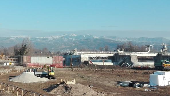 Due presto tre lungo l adige cantieri in serie s giovanni l - Piscina san giovanni lupatoto ...