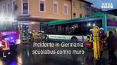 Incidente in Germania, scuolabus contro muro