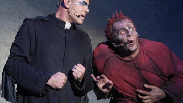Fabrizio voghera porta in scena il dramma di otello - Porta alla rovina otello ...