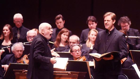 Ton Koopman nell'applauditissima esecuzione al teatro Ristori FOTO BRENZONI