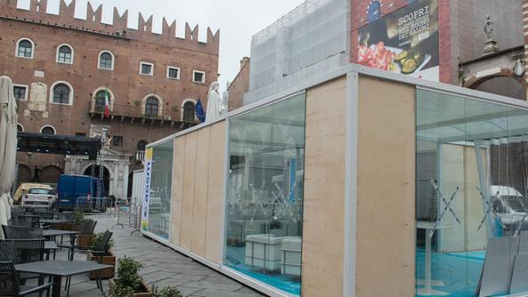 Sono attese oltre 35 mila persone per Vinitaly and the City: tante le location in cittàPreparativi in piazza dei Signori per Vinitaly and the City MARCHIORIPiazza San Zeno sarà punto di riferimento per l'Emilia Romagna