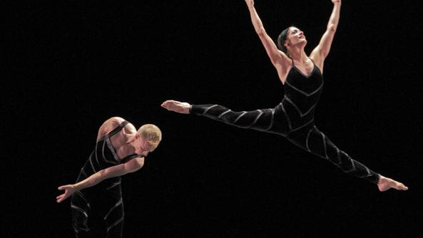 Paul Taylor Dance Company in «Promethean Fire»