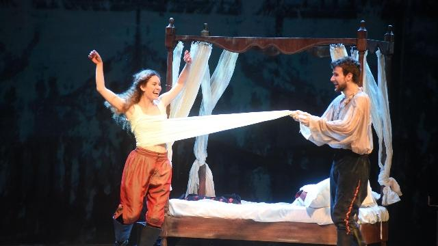 Risultati immagini per Shakespeare in love in teatro i protagonisti