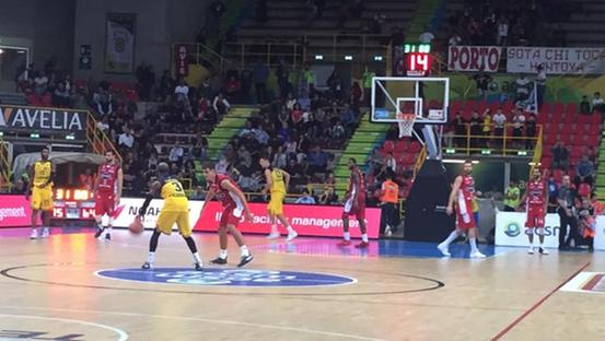 Un momento del match (Perlini)
