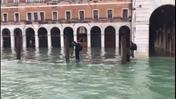 Venezia allagata (video Tommy Meduri)