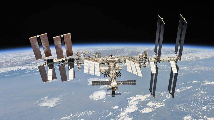 La International Space Station (Iss)