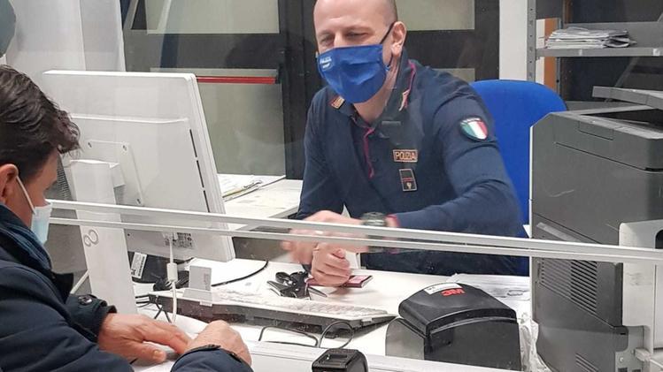 Questura Catania Permesso Di Soggiorno  PNG